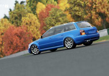 Audi RS4 Avant et semaine 9 chez le concessionnaire spécialisé