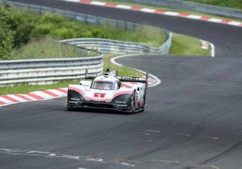 La vidéo du tour de la Porsche 919 Hybrid EVO au Nordschleife